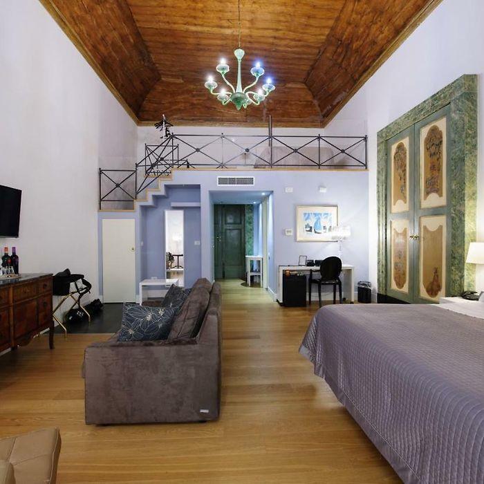 Hotel e appartamenti a Napoli, tutti gli alloggi a Napoli